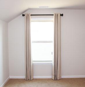 Linen Grommet Drapery Curtain Finials Rod